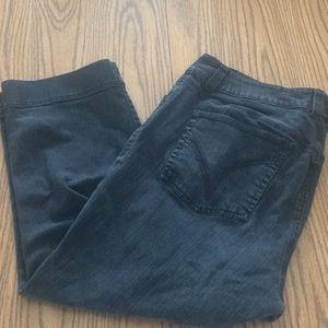 Venezia dark grey wash size 18 Jean Capri pant